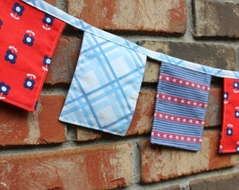 Banner Red White Blue 3 1/2 ft Vintage Bunting Cloth Summer Fabric July 4th Holiday Patriotic
