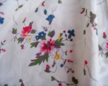 Bedding Skirt  Ralph Lauren Full Size Vintage  Old Stock Cotton USA Red Pink Flowers Cream White Background