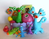 Adopt an Alien Easter Basket MEDIUM, Easter Basket for Children with Your Choice of Handmade Aliens, Easter Basket Toys