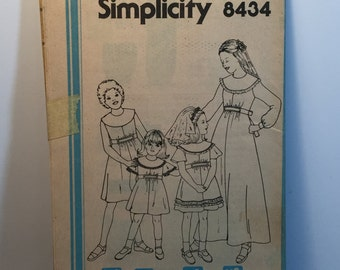 Vintage 70s Simplicity 8434  Girls Dress Two Lengths Size 12