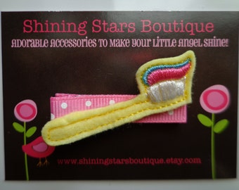 Felt Hair Accessories - Light Yellow Embroidered Felt Toothbrush With Toothpaste Hair Clippie ~ Tooth Fairy Or Visit To The Dentist Clip