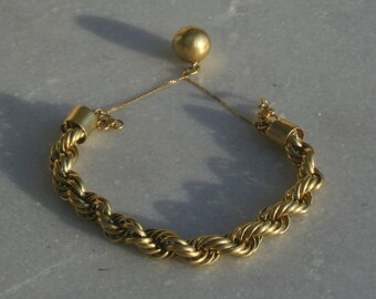 Vintage Gold Tone Bracelet from the 70s