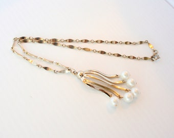 Pearl Tassel Pendant Necklace Vintage Cha Cha Style Goldtone Sarah Coventry