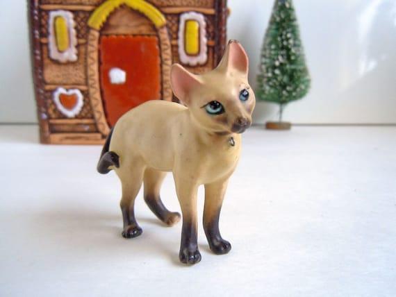 Vintage Miniature Siamese Cat Figurine Ceramic House Pet Animal Dollhouse