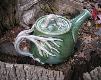 Tree Teapot with lots of detail , 28 oz. capacity