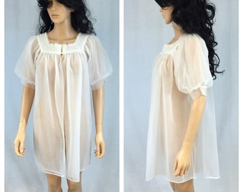 Vintage Sheer White Peignoir Nylon Cover-Up. Robe. Lingerie. Lace. Nylon Lingerie. Bridal. Wedding. Bride Lingerie. Under 30. Pajamas.