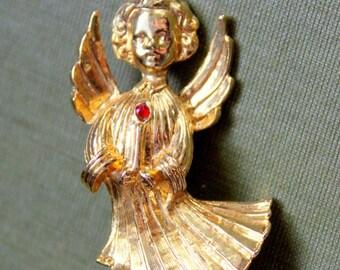 Vintage Angel Brooch AAI Signed Ruby Birthstone Gold Tone