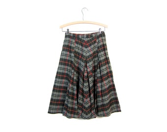 Plaid 60s Wool Skirt Gray Green Pleated High Waisted Preppy Fall Midi Over Knee Length Mod Extra Small XS Louanne's Vintage