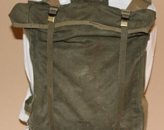 Vintage WWII Era Field Combat Military Backpack, Military Green