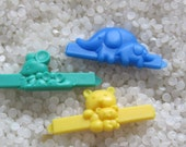vintage  barrette plastic childs barrettes,  green mice, yellow kittens, blue elephants