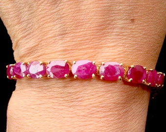 Gorgeous 14K Solid Gold & 32Ct Natural Ruby Tennis Bracelet