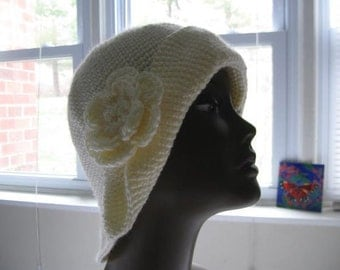 Crochet Flip Up Hat, Off White, Pull On, with a Flower Brooch