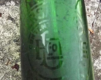 Vintage Seltzer Bottle Emerald Green  Universal Bottling Co. NY
