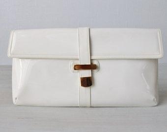 Vintage 1960s White Clutch / White Purse / Clutch / Vinyl / Morris Moskowitz