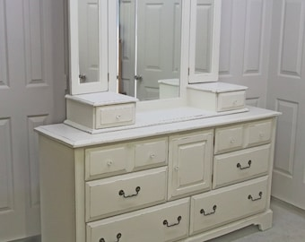 Triple Dresser with Tri-Fold Mirror, Cottage Style - DR701 Shabby Chippy Farmhouse Chic