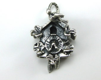 Charm, Beau, Sterling Silver, 3D, Cuckoo Clock, Time Keeper, Bird & Flowers, Collectibles,