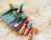 Waldorf toy - Printed Tote - To carry your FeeVertelaine elf family
