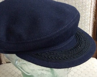 Fisherman style navy hat Totes Large