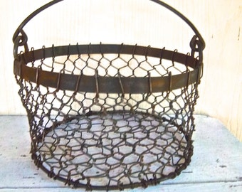 Vintage Rustic Banded Farmhouse Heavy Weight Rusty Wire Utility Basket Vintage Home and Living Basket Decor Vintage Egg Basket Utility Decor