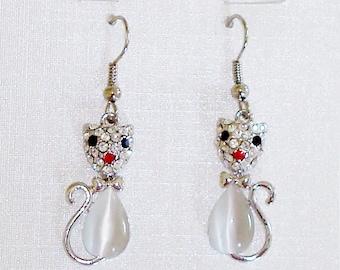Cute Kitty Cat Silver Tone Clear Crystals Dangle Earrings