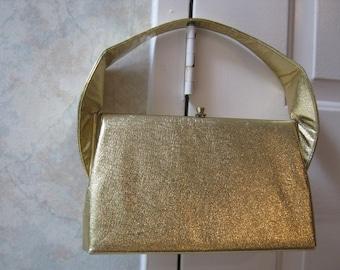 Vintage textured goldtone lame' leatherette evening bag, large gold faux leather Kelly bag, mod modern golden foil look dressy handbag