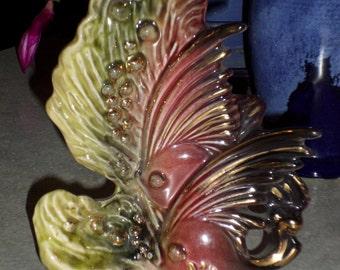 Hull Pottery Ebb Tide Angelfish air bubbles fish snail seaweed coral sea life green gold burgundy purple VASE
