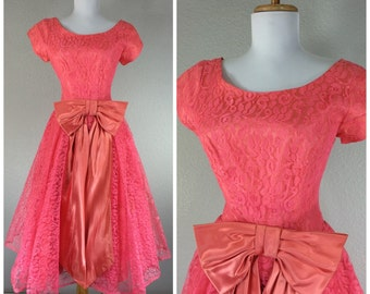 Vintage 1950s Dress Pink Lace Bow Accent Dance Party Dress