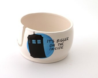Yarn Bowl , Doctor Who , Dr. Who yarn bowl , large yarn bowl , ceramic bowl , knitting supplies , crochet supplies , TARDIS bowl