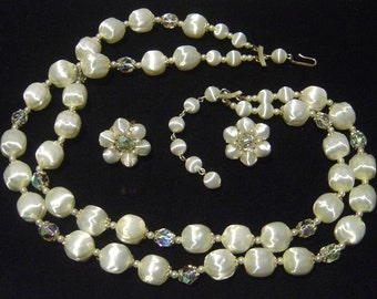 Vintage white satin look bead Necklace & Earrings Japan