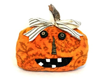 Primitive Halloween Pumpkin - Pumpkin Make Do Doll - Hand Dyed Wool Pumpkin - Paisley Pumpkin - Primitive Halloween Decor - Jack-o-lantern