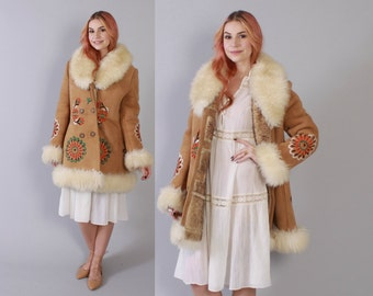 Vintage 70s SHEEPSKIN COAT / 1970s Ultra Warm Natural Tan Thick Boho Embroidered SHEARLING Fur Winter Leather Jacket