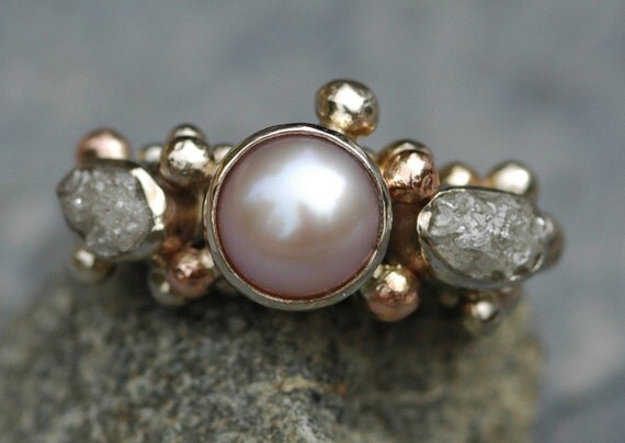 ON SALE- 14k White  and Rose Gold Ring with Rough Diamonds and Pearl- Ready to Ship