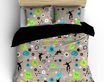 Custom Skateboard Bedding,  Skateboard Mix, Personalized with your Name -Toddler, Twin, F-Queen or King Size -colors can be changed