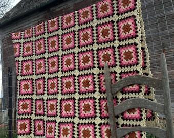 "Vintage Afghan Crochet  Granny squares Cream Brown Pink 70x49"""