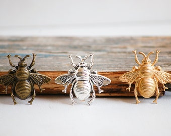 BEE Brooch Forest Creature Nature Study Honey Bee Silver Bumble Bee Lapel Pin Tie Pin Garden Wedding Tie Tack