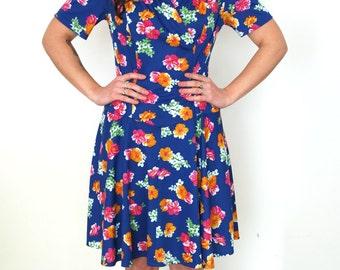 French vintage 1960s blue floral dress - medium large  M L