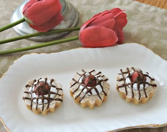 3 Fake Strawberry Cream Chocolate Drizzle Tarts Mini Faux Food Prop Staging