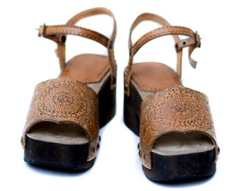Hand Woden Tooled Leather Clogs - Bohemian Leather Clogs