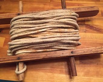 Vintsge clothesline and wood Holder