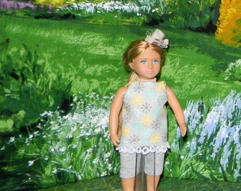 OGM-145) 6.5 inch Our Generation, American Girl and Lori , MINI doll clothes, 1 leggings and cute top