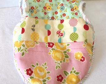 3 to 18 Month Bapron Baby Girl Bib Riley Blake Sidewalks Floral Baby Shower Gift