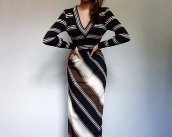 70s Maxi Dress Striped Maxi Dress Long Striped Dress Long Sleeve Maxi Vintage Fall Dress Black Gold Dress Chevron Dress Small to Medium S M