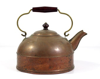 Vintage Copper Kettle with Wooden Knob and Handle - Revere Ware - Revere Copper And Brass Inc.