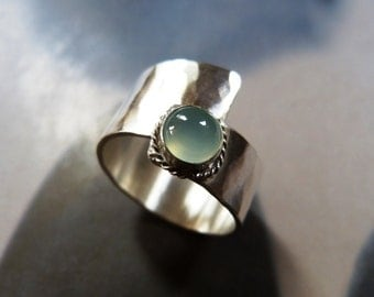 Aqua chalcedony ring, light green stone silver ring, handcrafted, metalwork statement ring, OOAK jewelry, gift for her, Christmas gift