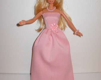 Handmade barbie clothes Beautiful gown with necklace and  bracelet 4 barbie doll