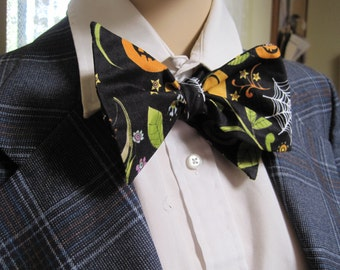 Bats in the Belfry Bow Tie