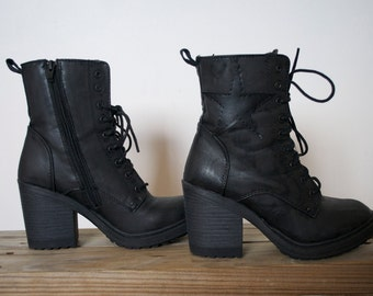 Black Star Lace Up Combat Boots 8