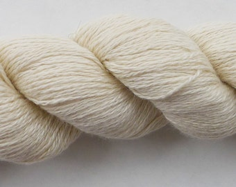 Special E 55/45 Silk/Cashmere 2-ply fingering yarn, 325 meters, 50g skeins