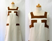 1960s Vintage Linen Dress / Cream & Coffee Colour Block Shift Dress