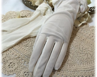 Vintage Ladies Ivory Sheer Nylon Gloves, Size 7 1/2, Van Raalte, Gauntlet, Ruched Detail 1950s
